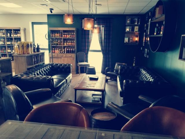 Inviter vos clients autour d'une dégustation privée de whisky ou de rhum à Caen