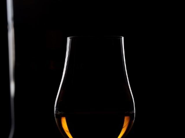 Quand et comment déguster un Whisky ? Les conseils simples de votre caviste spécialisé à Caen